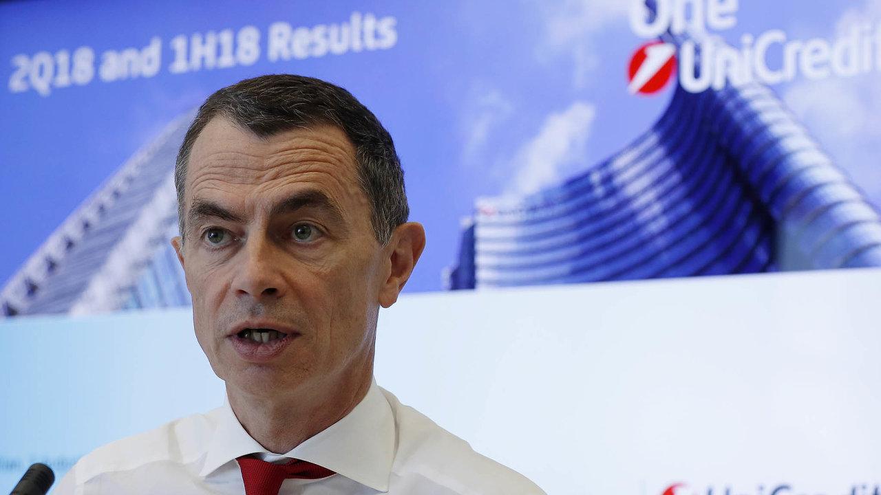 Odcházející šéf italské bankovní skupiny UniCredit Jean Pierre Mustier.