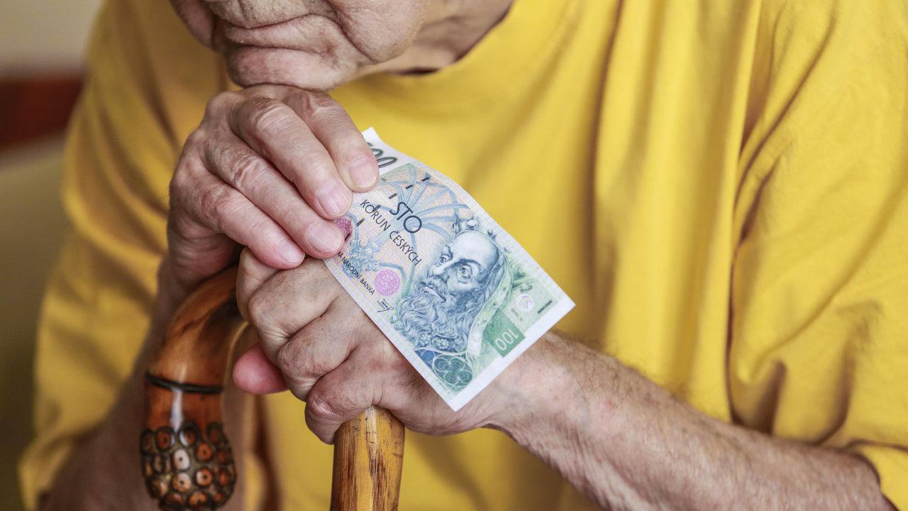 důchod, důchodce, peníze