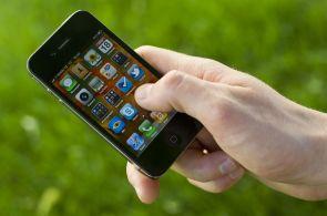 Jeden smartphone vládne všem: 10 let iPhonu změnilo celý svět technologií, a nejen ten