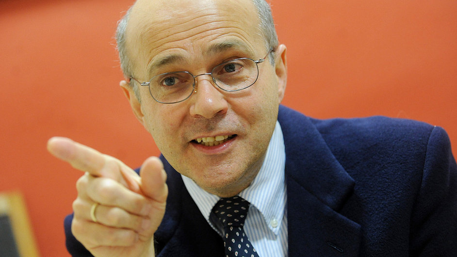 Ondřej Jonáš, investiční bankéř