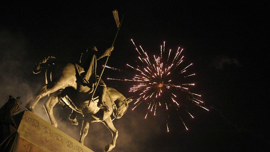 Ohňostroj na Václavském náměstí.