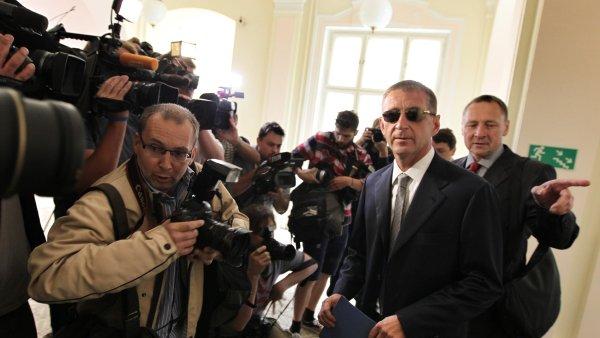 """Soud s """"politickým podnikatelem"""" Romanem Janouškem"""