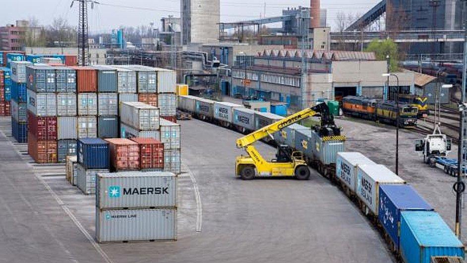 AWT uvažuje o dalším rozšíření kontejnerového překladiště u Ostravy
