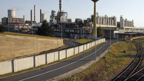 Unipetrol prodá svou firmu Petrotrans, která patří mezi největší tuzemské dopravce pohonných hmot - Ilustrační foto.