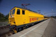 Vlaky RegioJetu využívá stále víc cestujících.