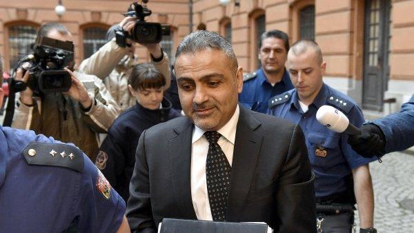 Soud propustil Zadeha z vazby na rekordn� kauci 150 milion� korun.