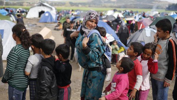 Uprchl�ci z Bl�zk�ho v�chodu hledaj� do Evropy novou trasu.