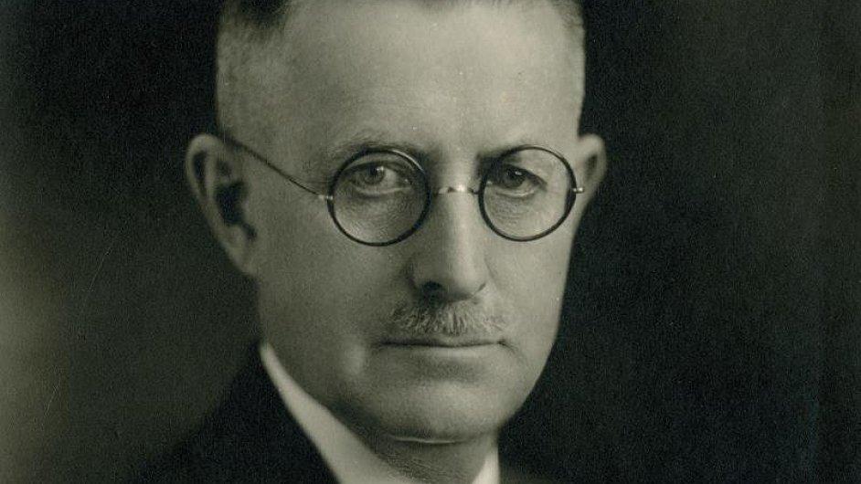 Houslista a violista českého původu Josef Jan Kovařík se narodil českým emigrantům ve Spojených státech.