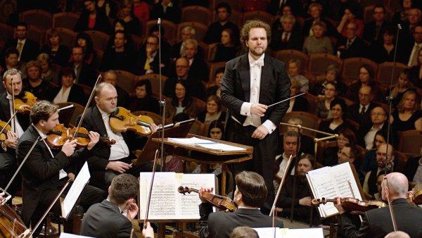Pondělní koncert Symfonického orchestru Českého rozhlasu dirigoval Tomáš Brauner.