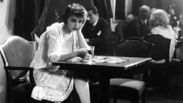 Mezi čtrnácti promítnutnými filmy bude také Tonka Šibenice z roku 1930 režiséra Karla Antona.