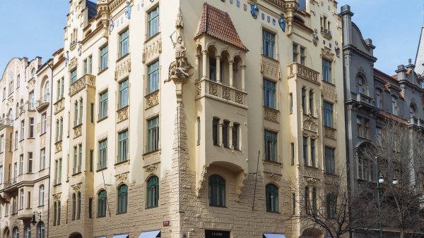 Téma  Pařížská ulice - Archiv vydání - Hospodářské noviny (IHNED.cz) dc1d32aa50