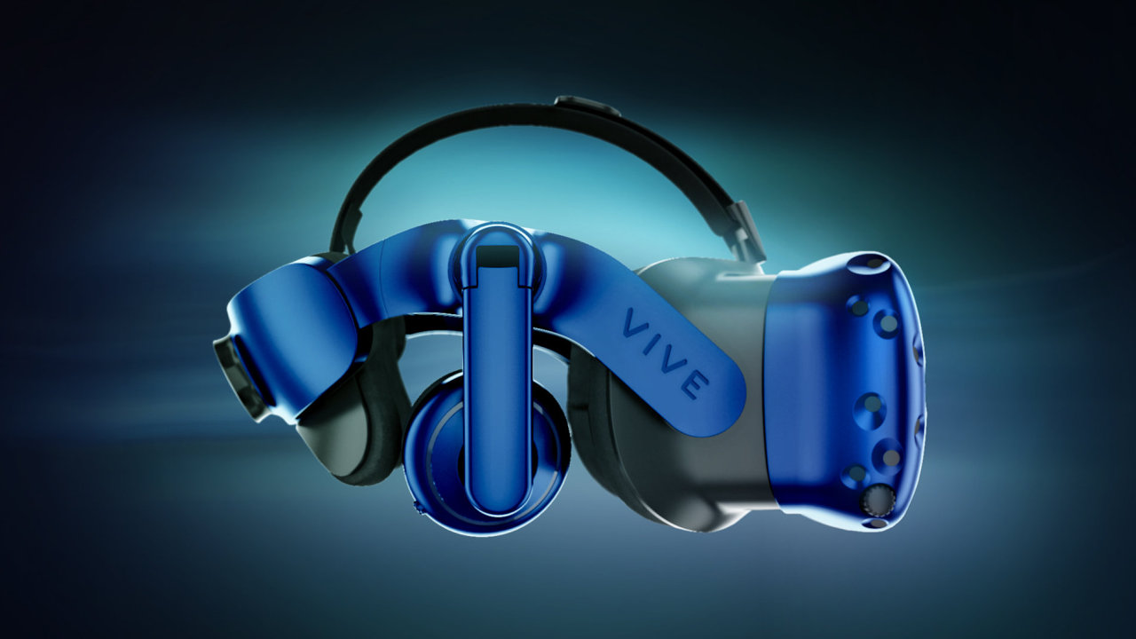 HTC Vive Pro z profilu ukazuje hlavní změny designu.