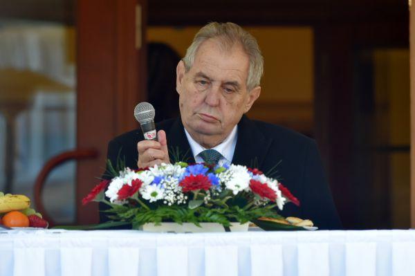 Prezident Miloš Zeman při návštěvě Karlovarského kraje.