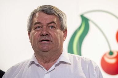 Předseda KSČM Vojtěch Filip na tiskové konferenci po skončení programové konference KSČM v Obecním domě v Nymburku.