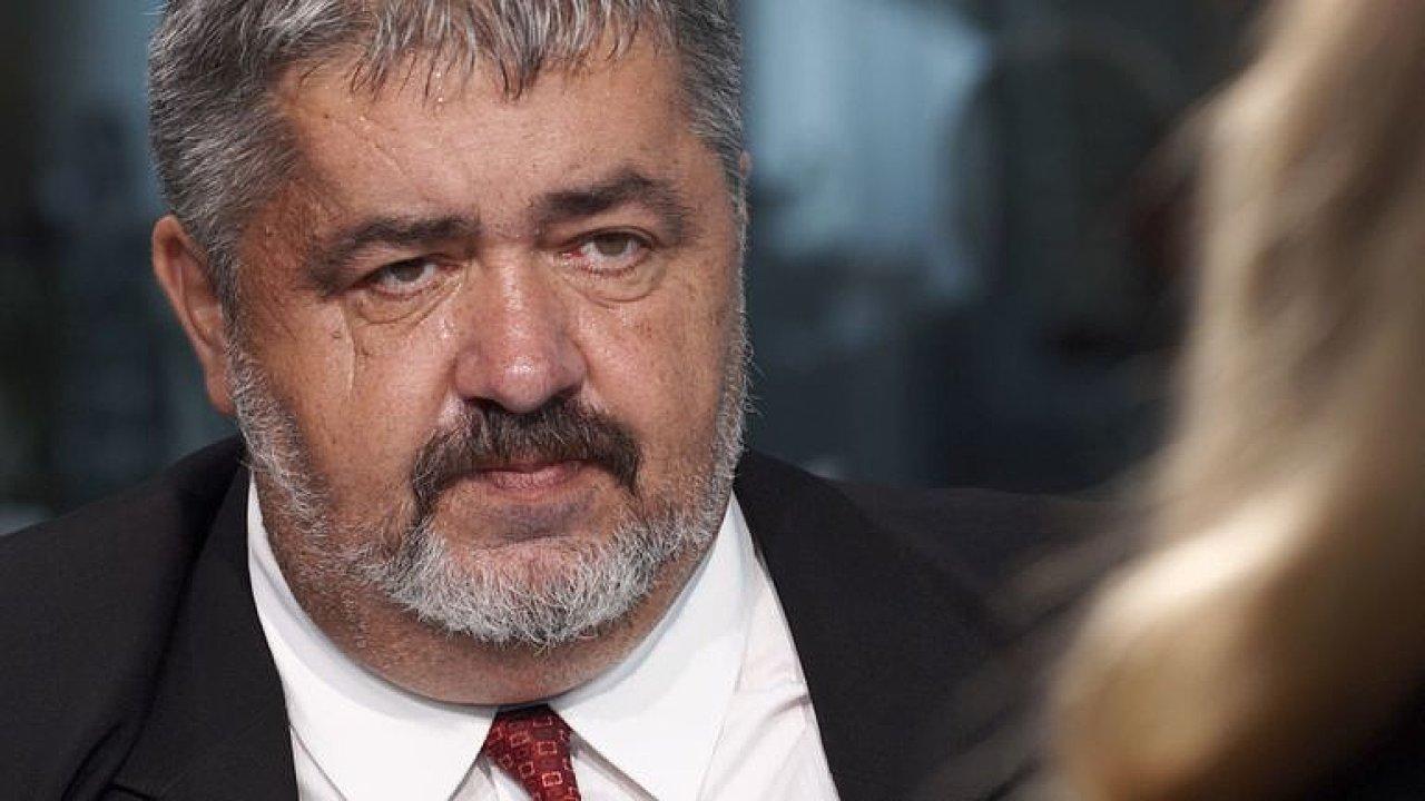 Zeman s Babišem cvičí, premiér Staňka odvolat vlastně nechtěl, tato žaloba je chyba, říká Canov