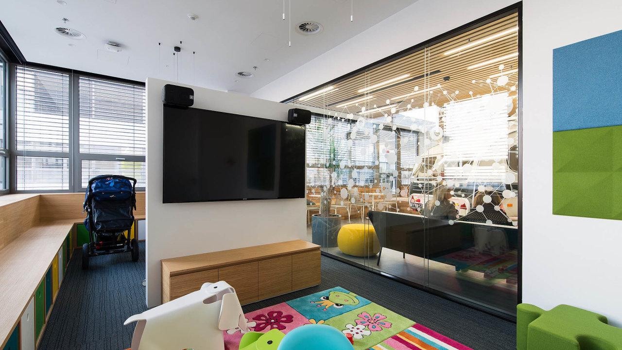 Speciální kanceláře určené pro práci sdětmi nejsou v Česku neobvyklé. Má je například softwarová firma SAP.