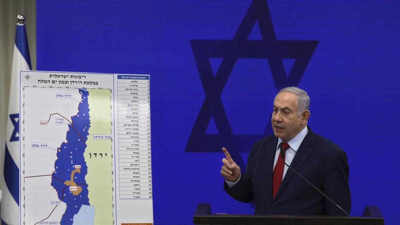 Jestřáb skoro sestřelen: Benjamin Netanjahu před volbami sliboval, že anektuje údolí řeky Jordán. Oblast má být součástí budoucího palestinského státu.