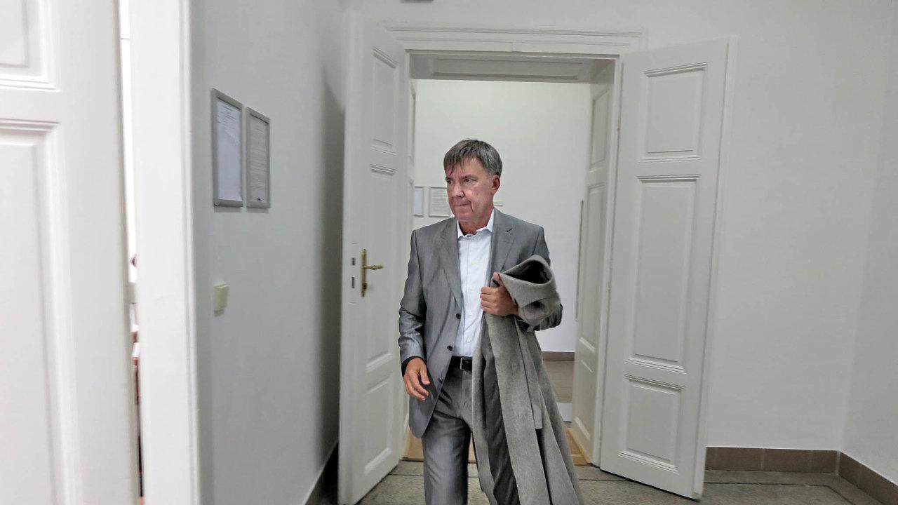 Napočtvrté uspěl. Peter Ďurica si jde vyslechnout verdikt, že byl neoprávněně propuštěn.