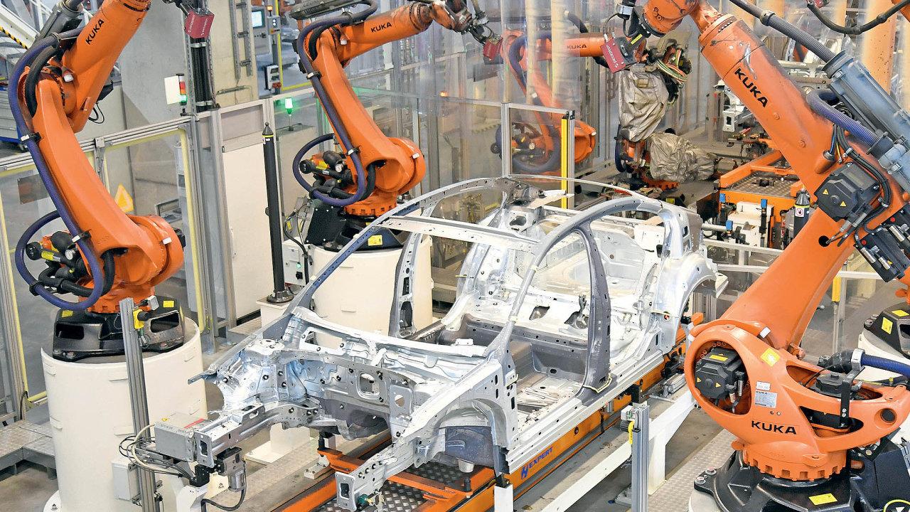 Trendem je robotizace.Vautomobilkách je běžná, vmalých firmách se ale její zavádění často nevyplatí.