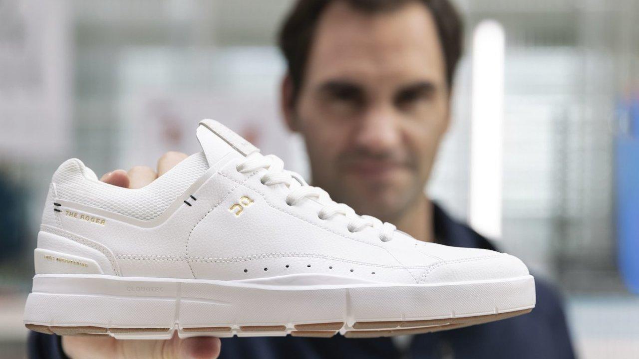 Roger Federer a jeho první tenisky