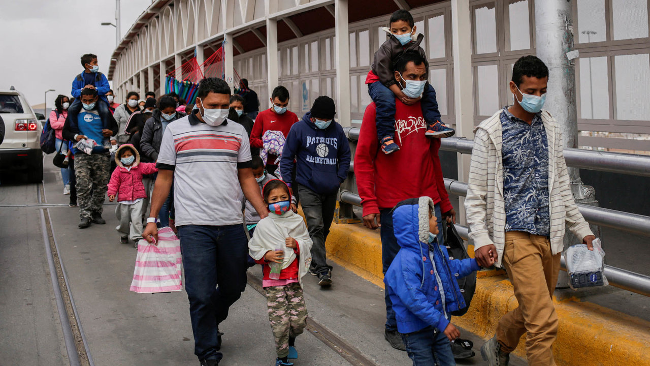 Asylum-seeking migrants from Central America