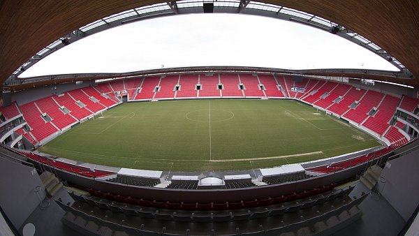 Tvrdík naznačil, že stadion v Edenu koupil vlastník Slavie.