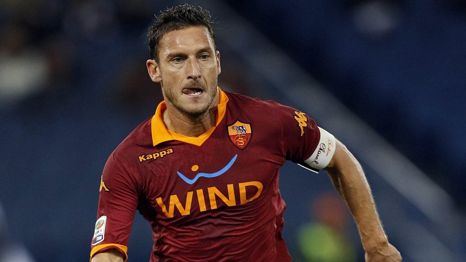 Francesco Totti jako kapitán AS Řím