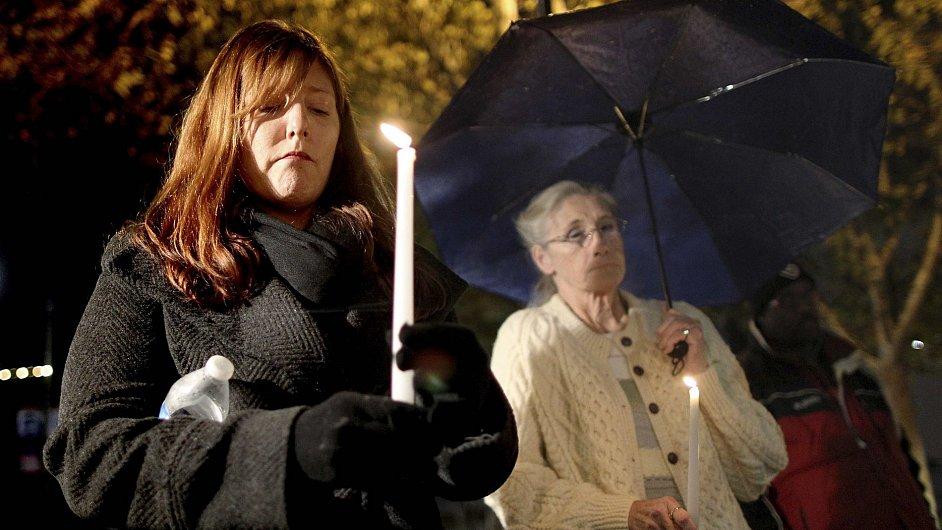 Smutek kvůli střelbě v Newtownu