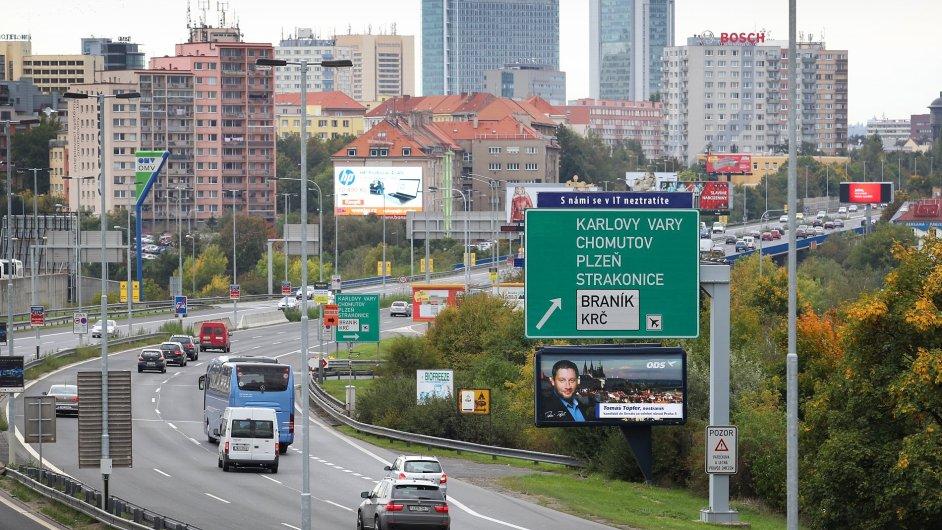 Ředitelství silnic a dálnic vysoudilo na stavebních firmách 19 milionů korun.
