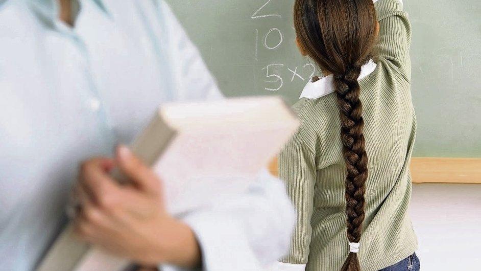 Učitelé a žáci