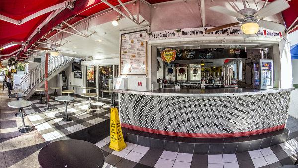 Jedním z řetězců, které mají údajně zájem vstoupit do Česka, jsou restaurace Johnny Rockets.