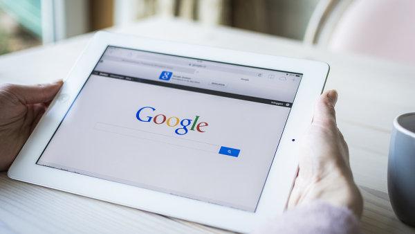 Omezme nadvl�du Googlu, rozd�lme ho na v�ce ��sti, navrhuje Evropsk� parlament