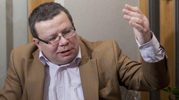 Alexandr Vondra kv�li kauze ProMoPro pozd�ji ode�el z politiky.