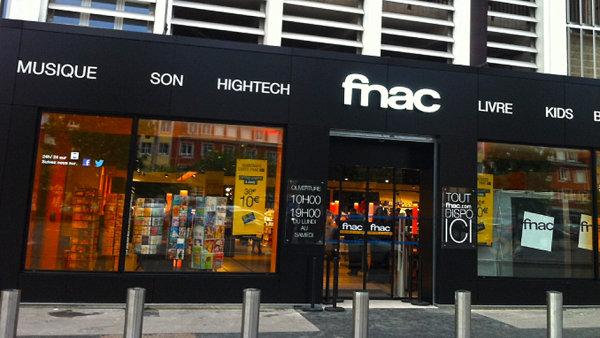 Největším prodejcem hudby ve Francii je řetězec FNAC.