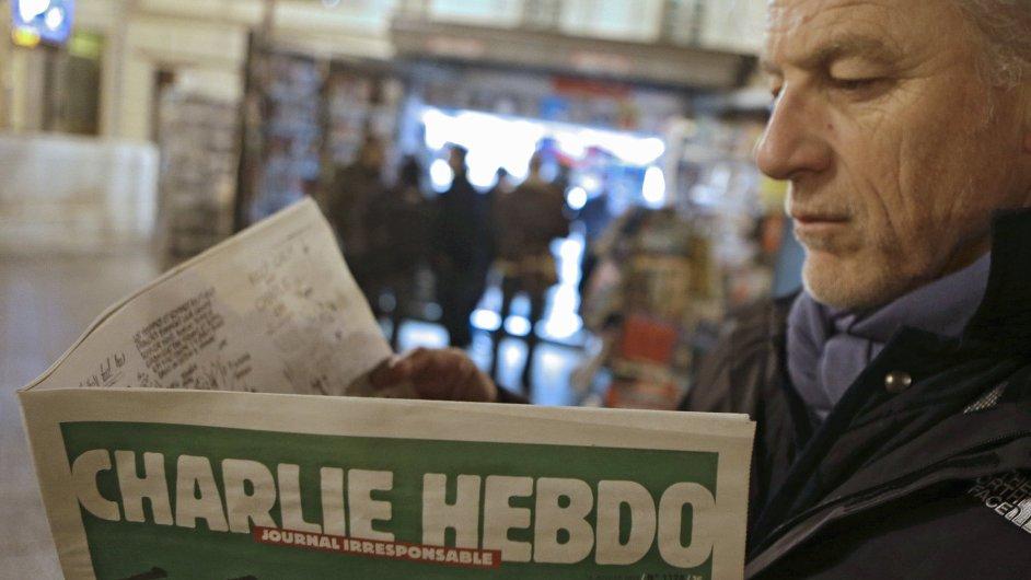 Charlie Hebdo vydá první běžné číslo po útoku na redakci.