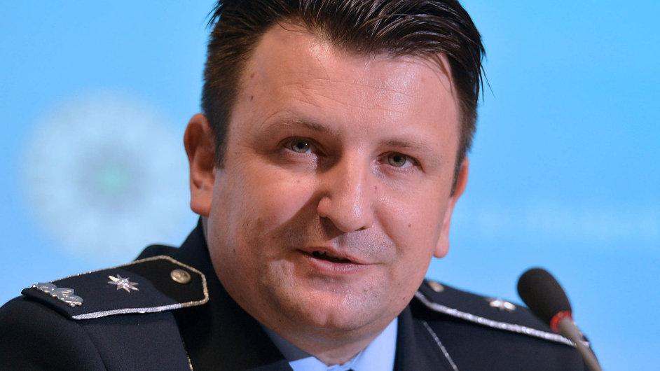Stojí za svými podřízenými. V Uherském Brodě podle Tomáše Tuhého zasahovali policisté správně.