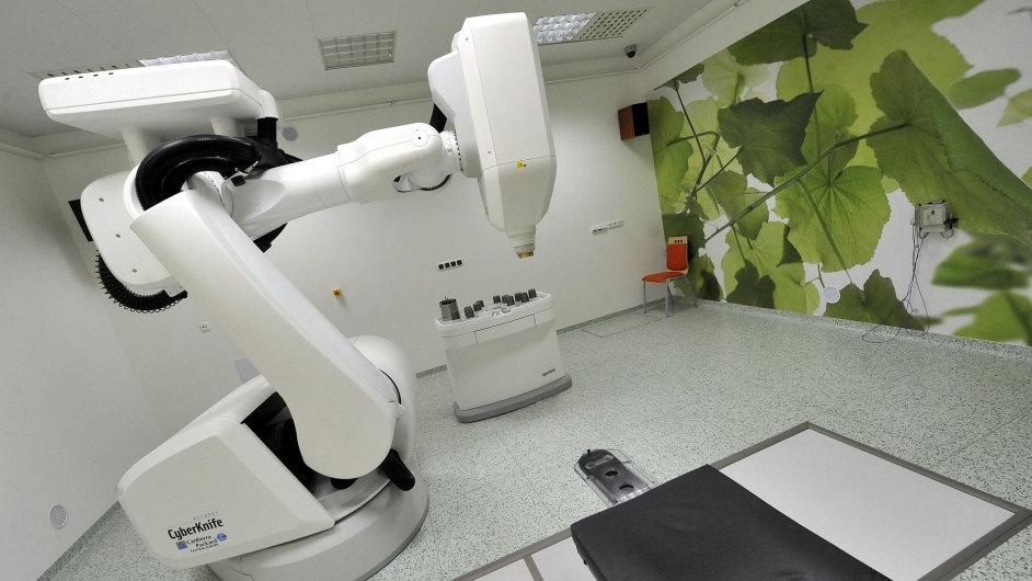 Zařízení CyberKnife v ostravské nemocnici