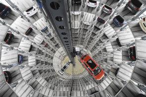 Volkswagenu i Škodě v říjnu klesl podíl na evropském trhu s novými auty