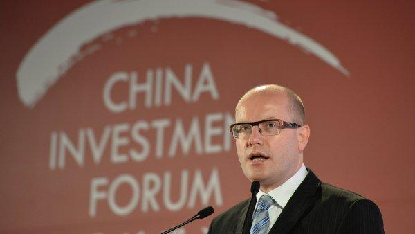 Premiér Bohuslav Sobotka se snaží na Čínském investičním fóru nabídnout Česko - Ilustrační foto.