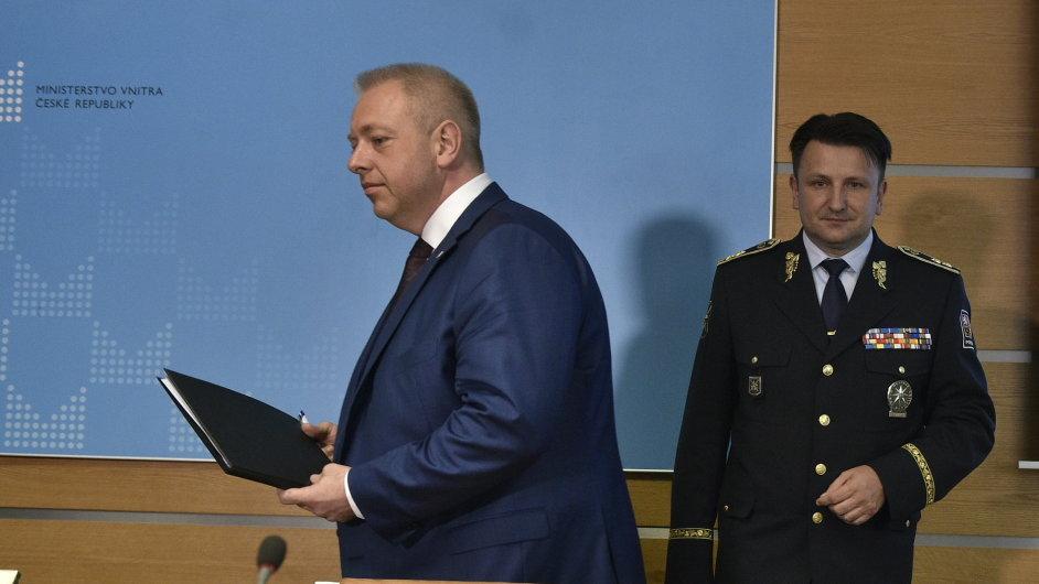 Ministr vnitra Milan Chovanec podepsal reorganizaci speciálních složek policie.