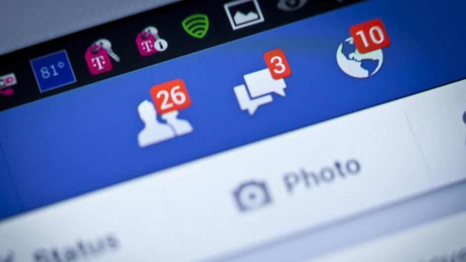 Facebook, aplikace, smartphone, mobil