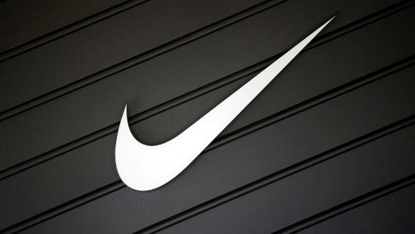 d15ae0370 Nike zvýšil zisk o 20 procent. Cena akcií však klesla kvůli neuspokojivému  vývoji zakázek a tržeb