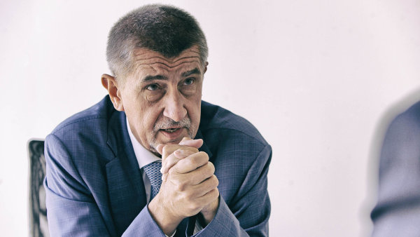 Andrej Babiš si projede rezestavěné dálnice.
