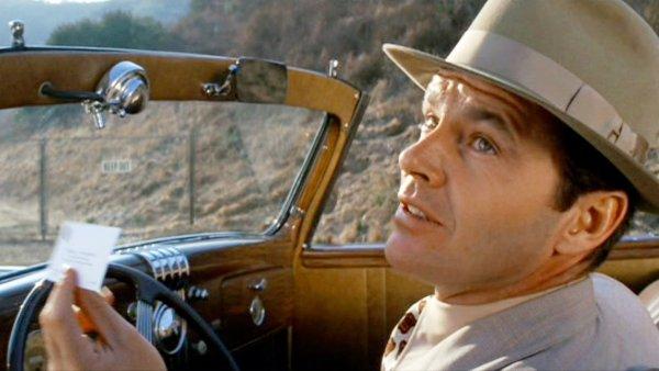 Jednou z Nicholsonových nejslavnějších rolí je ta ve filmu Čínská čtvrť z roku 1974.