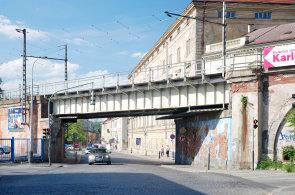 Kdysi nejdelší evropský most prochází složitou rekonstrukcí. Negrelliho viadukt se uzavře
