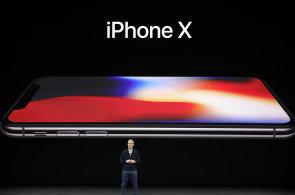 iPhone X pozná uživatele podle tváře. Applu se ukázka napoprvé nepovedla