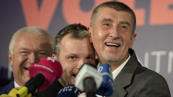 Češi si ve volbách objednali manažerské řízení země. Politika, jak jsme ji znali, končí