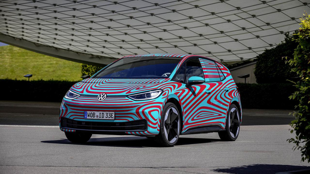 Volkswagen představí na autosalonu svůj model ID.3, elektroauto, jež by se cenou mělo dostat pod milion korun.