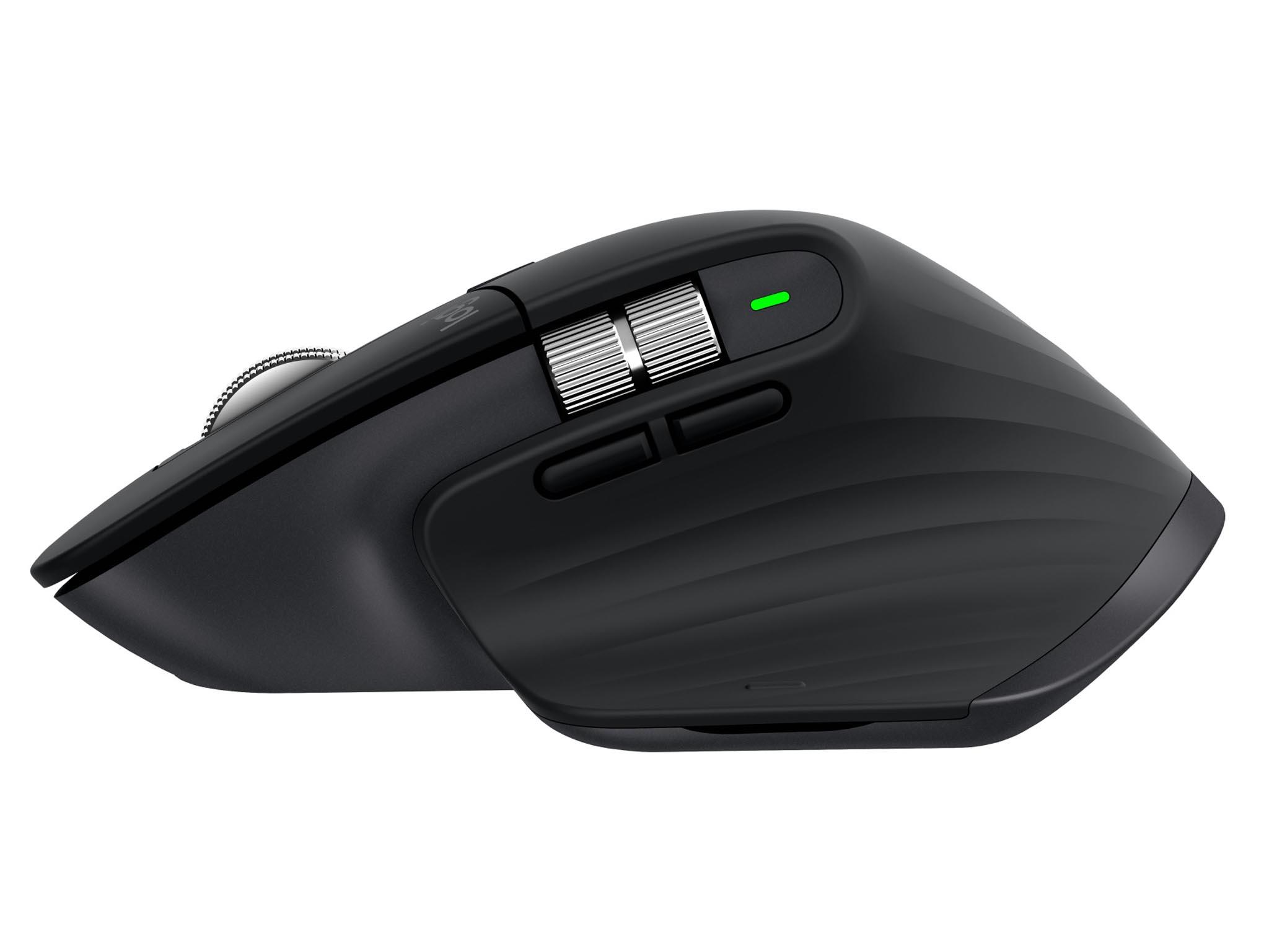 Nejnovější model profesionální kancelářské myši MX Master 3 má velkou podložku pro palec, osm tlačítek anové scrollovací kolečko poháněné elektromagnetem.