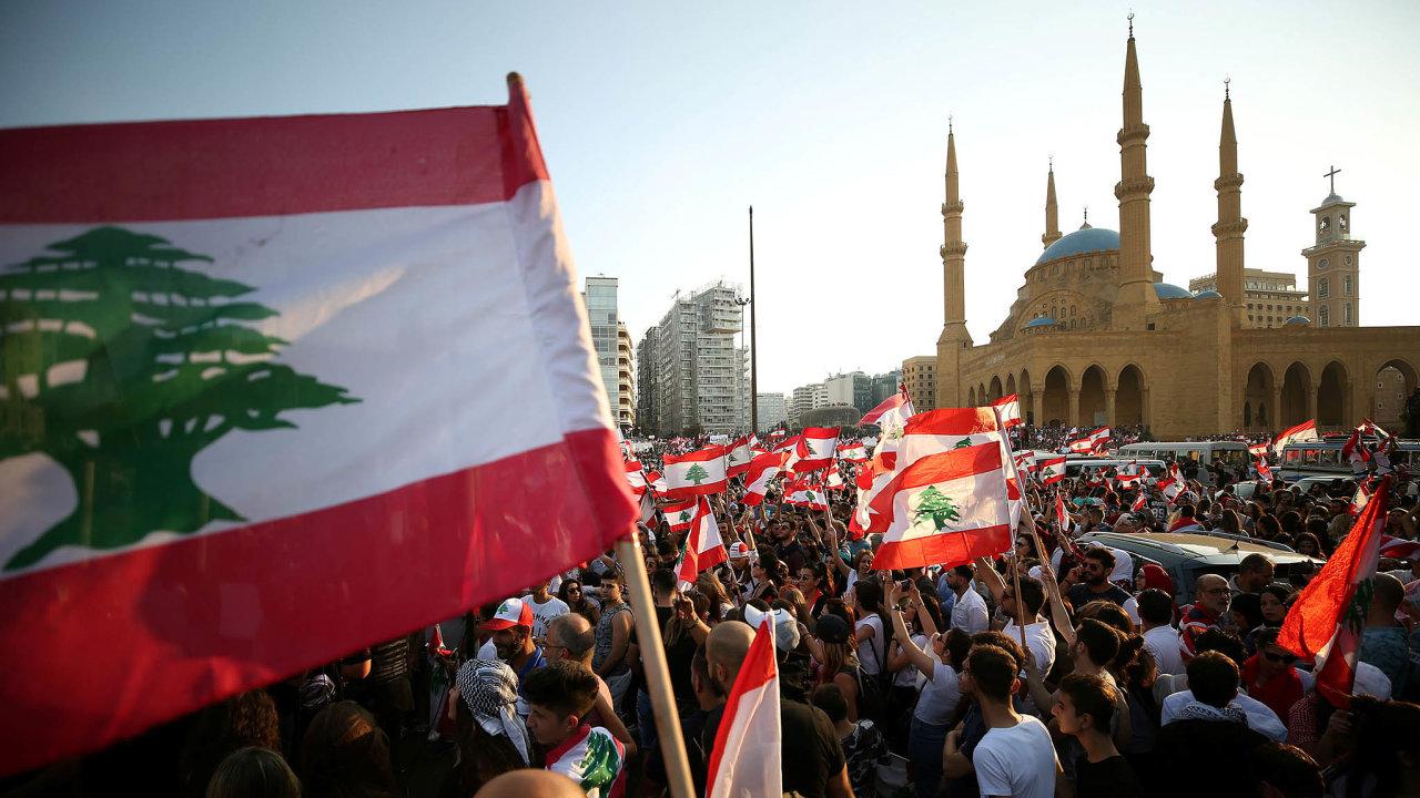 Protesty sjednotily celý Libanon.